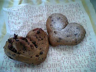 ココアとチョコレートのパン